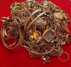 sell gold jewellery and scrap gold pic.